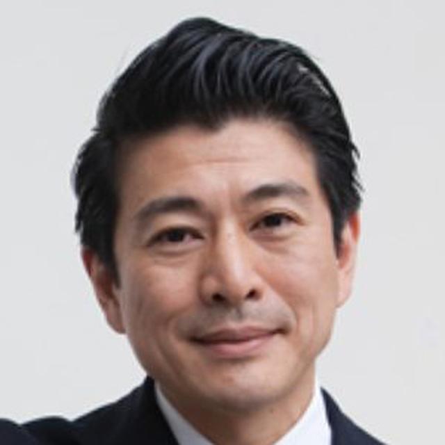 画像: 西山浩平 -Kohei Nishiyama- 1970年生まれ。10代を南米などで過ごした後、東京大学入学。在学中に鞄のオーダーメイド事業を手がけ、桑沢デザイン研究所で工業デザインも学んだ。卒業後、マッキンゼー・アンド・カンパニーを経て、1997年「空想生活(現 CUUSOO)」を設立。2000年度グッドデザイン賞を受賞。2007年にはダボス会議主催の世界経済フォーラムにてヤング・グローバル・リーダーに選ばれている。2013年、一度は退いたCUUSOOの代表に復帰した。