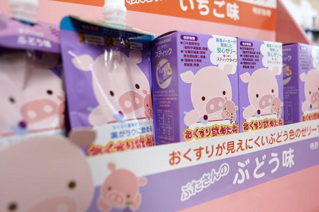 画像: 子ども向けの服薬ゼリー「おくすり飲めたね」。1998年発売の「龍角散嚥下補助ゼリー」から派生した製品だ。