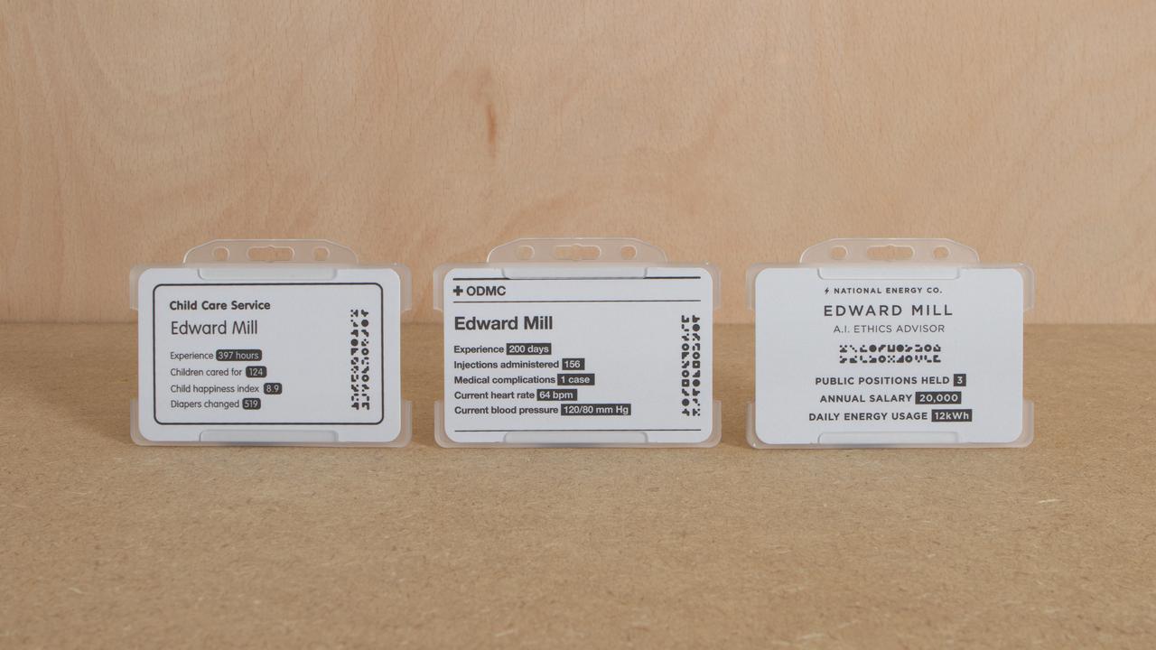 画像: アーティファクト Connected ID card(Decentralised & Transparent) 型にはまらない単発仕事をするギグワーカーのIDカードは、そのとき行っている仕事に合わせて実績やスキルの表示が切り替わり、相手に伝わる。
