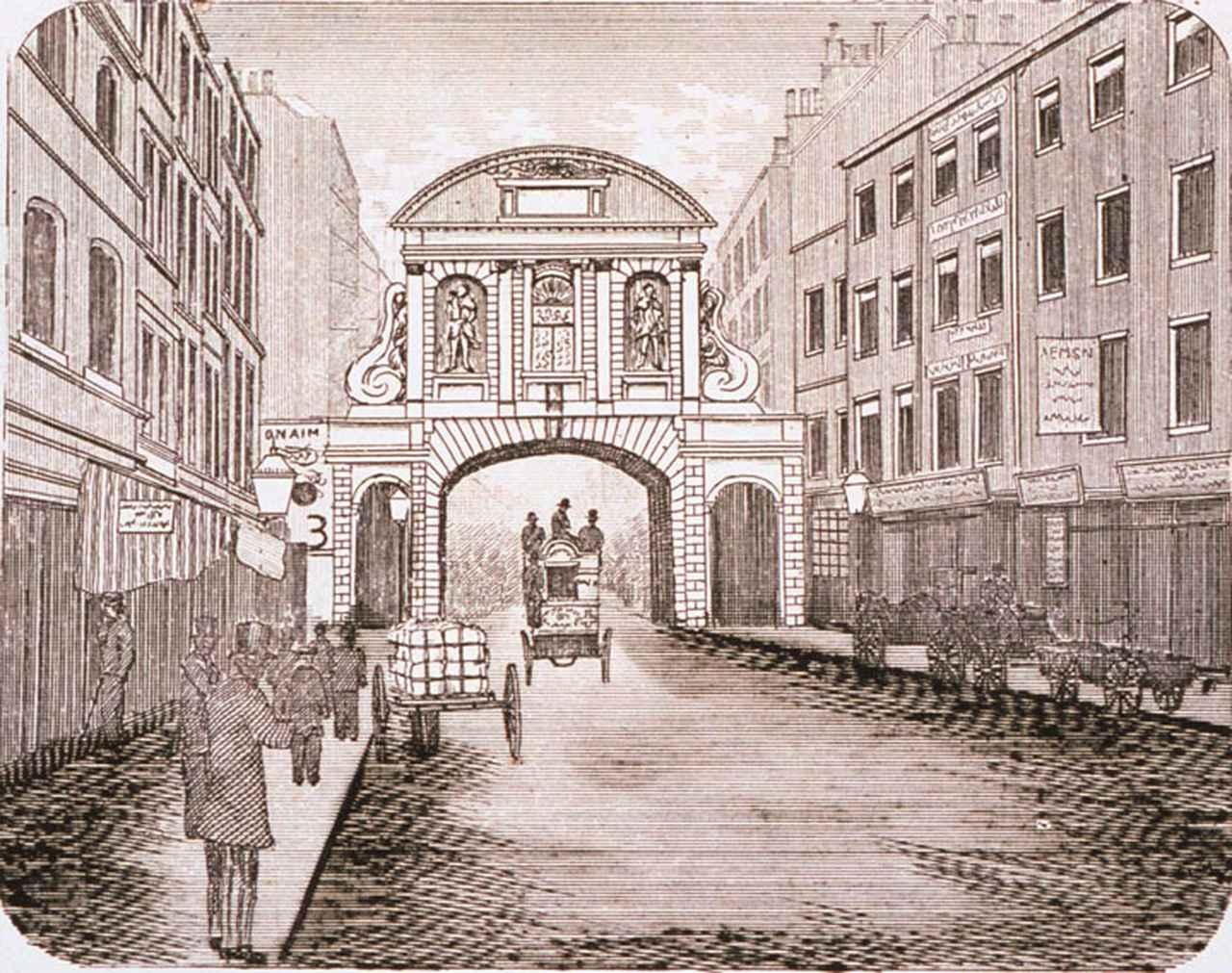画像: ロンドンの金融街「シティ」に通じる門(ゲート)。