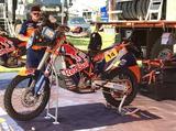 画像: ホンダから移籍したサム・サンダーランドのKTM。ここ一発の速さには定評のあるモトクロスライダーだ