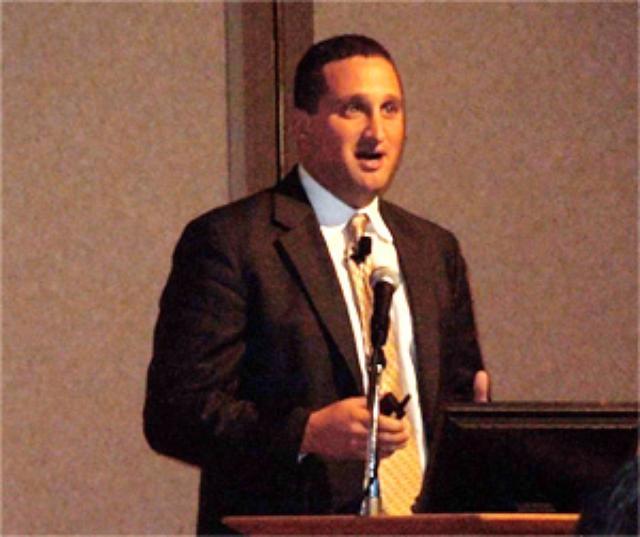 画像: 図1 IntelのIoT Solutions事業部長 Jim Robinson氏