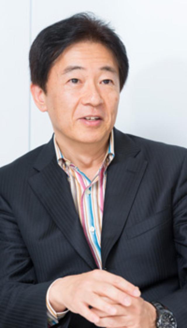画像: これからのITの役割は何か、そのために今注目すべきポイントはどこなのか――。 当社の未来サービス研究所の研究所員と、アレックス代表取締役社長兼CEOの辻野晃一郎氏の熱い話し合いは、ITからビジネスへと幅広い話題に及びました。後編では、「After Internet」の世界で起きている変化の本質と、日本企業が生き残るためのイノベーションへの取り組みについての議論をお伝えします。 辻野 晃一郎(つじの こういちろう) プロフィール: 1957年福岡県生まれ。 1984年に慶應義塾大学大学院工学研究科を修了し、同年ソニーに入社。入社後、VAIO、スゴ録、コクーンなど、ソニーの主力商品を次々と生み出す。2006年にソニー退社後、翌年、グーグルに入社。2009年にグーグル日本法人代表取締役社長に就任。 2010年4月にグーグルを退社し、アレックス株式会社を創業。著書に『グーグルで必要なことは、みんなソニーが教えてくれた』『成功体験はいらない』がある。