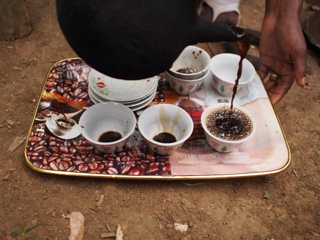 画像: 30分近くかけて淹れられたコーヒー