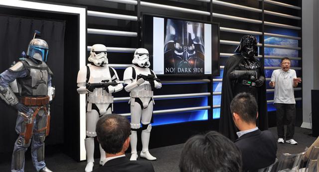 画像1: ITpro EXPO 2014に出展しました~NO DARK SIDE!YES UNIADEX!~(2014年10月21日号)