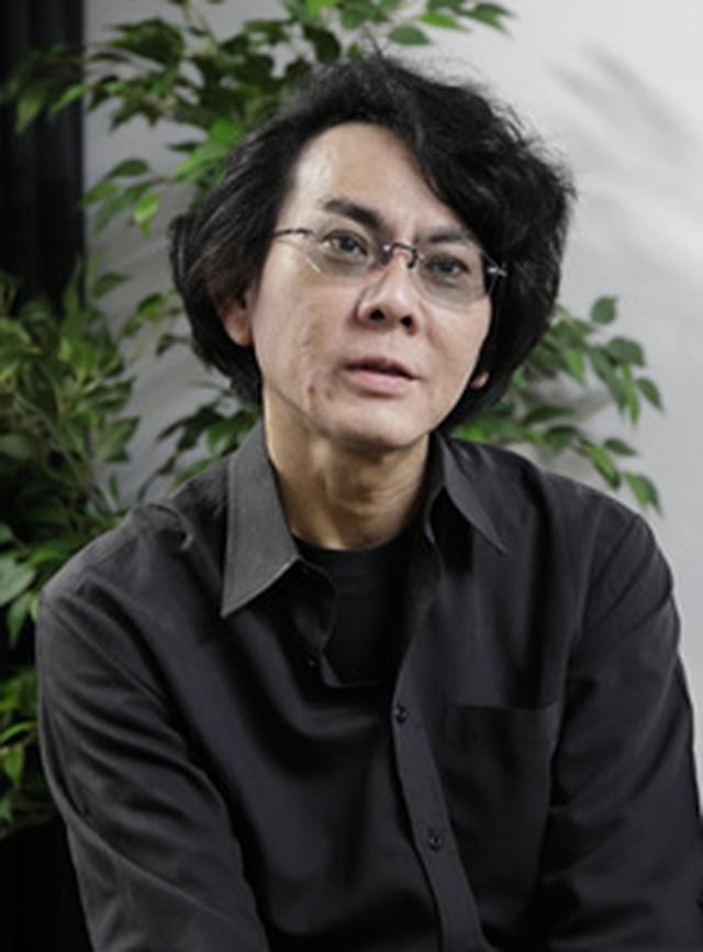 画像: 石黒浩(いしぐろ・ひろし)氏 1963年滋賀県生まれ。大阪大学基礎工学研究科博士課程修了。京都大学情報学研究科助教授、大阪大学工学研究科教授を経て、2009年より大阪大学基礎工学研究科教授。ATR石黒浩特別研究所客員所長(ATRフェロー)。主な著書に「ロボットとは何か」「どうすれば『人』を創れるか」「アンドロイドは人間になれるか」などがある。