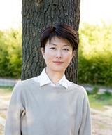 画像: # #プロフィール 中村安希(なかむら あき) 1979年京都府生まれ。2003年カリフォルニア大学アーバイン校卒業。日米での3年間の社会人生活を経て、約2年間、47カ国にわたる旅に出る。その過程を書いた『インパラの朝』で第7回開高健ノンフィクション賞を受賞。最新刊は『N女の研究』。ほかに『Beフラット』『食べる。』『愛と憎しみの豚』『リオとタケル』の著書がある。