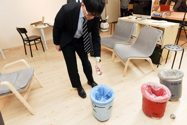 画像3: 〈弱いロボット〉を訪ねて-豊橋技術科学大学 岡田美智男教授へのインタビュー模様