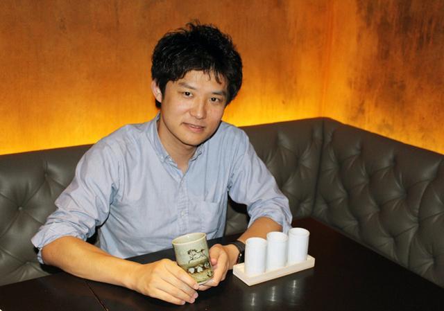 画像: ニューヨークのカフェで松永さんにインタビュー
