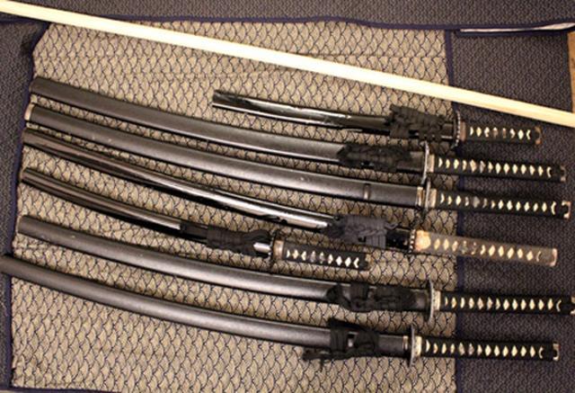 画像: 刀の構造と所作の意味も教える