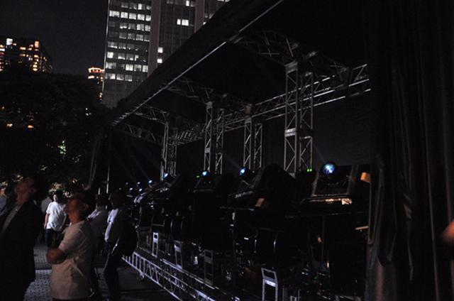 画像2: 【ONE TOYOSUレポート】夏の夜、日本ユニシス本社ビルの壁にプロジェクションマッピングが出現!(2019年9月27日号)