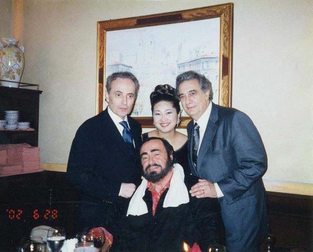 画像: 3大テノールのプラシド・ドミンゴ氏、故ルチアーノ・パヴァロッティ氏、ホセ・カレーラス氏と