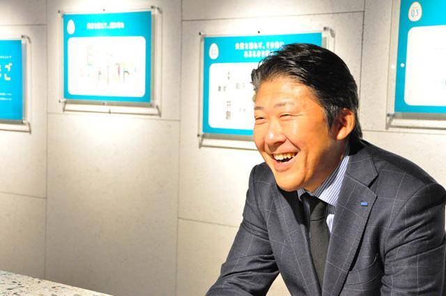 画像: DXビジネス創生本部の責任者、中村智弘本部長