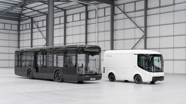 画像: Arrival のEVバスと商用車(TechCrunchから転載)