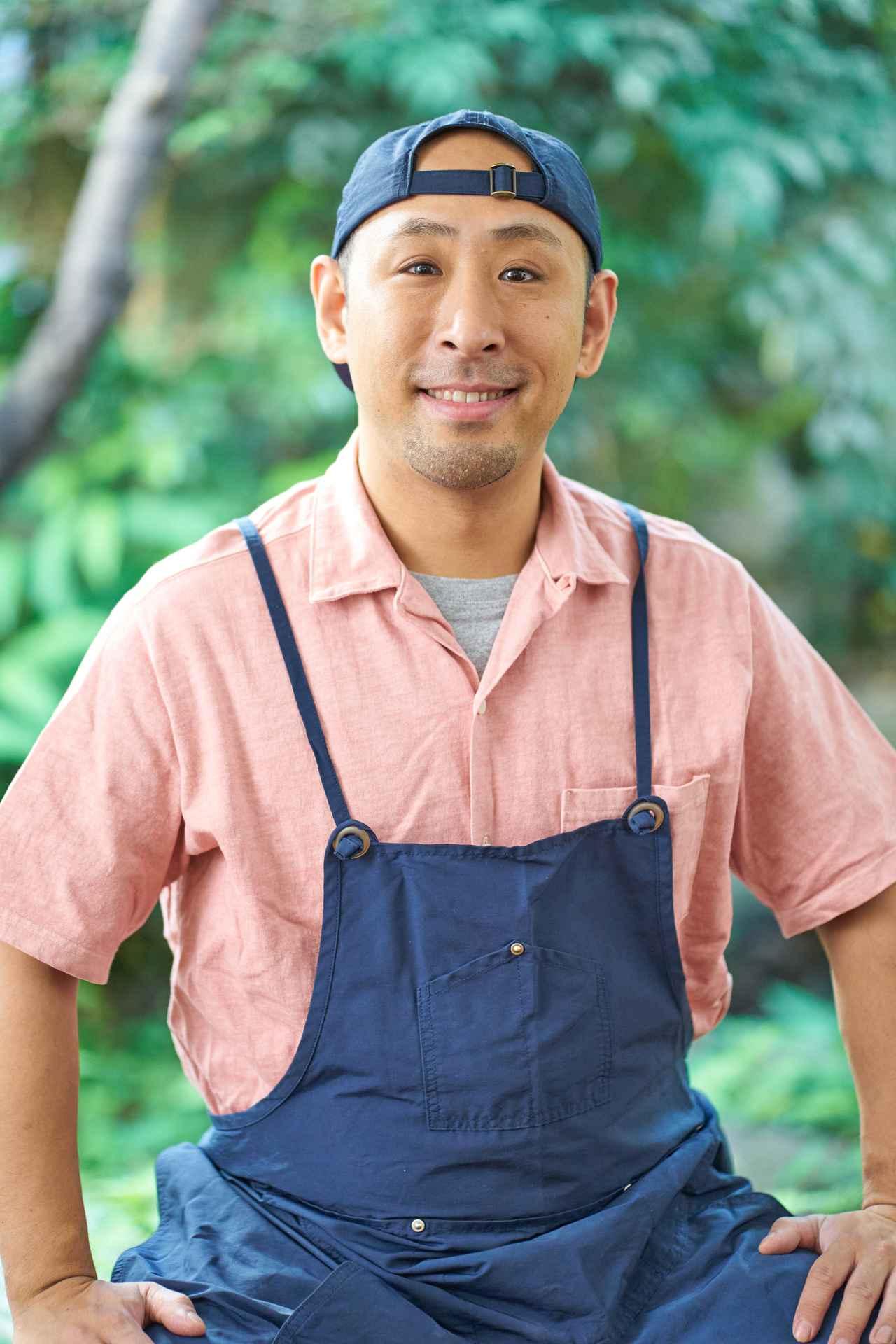 画像: 料理研究家 きじま りゅうた 1981年東京生まれ。祖母は料理研究家の村上昭子さん、母は同じく料理研究家の杵島直美さん。幼少期から自然と料理に親しむ。大学卒業後、アパレルメーカー勤務を経て母・杵島直美さんに師事、料理研究家に。誰でも挑戦しやすい身近な食材や調味料を使ったレシピが人気。