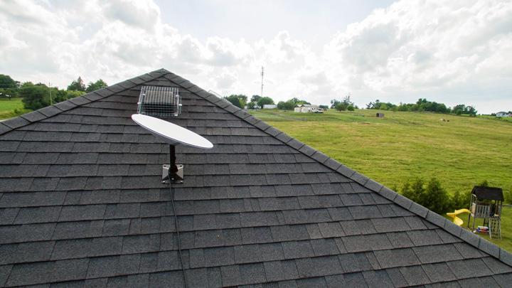 画像: Starlinkの地上用のアンテナ設置イメージ