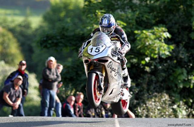 画像: SG5 at 2016 Man TT www.nortonmotorcycles.com
