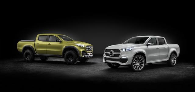 画像: The white one in the right is the luxury version www.roadandtrack.com