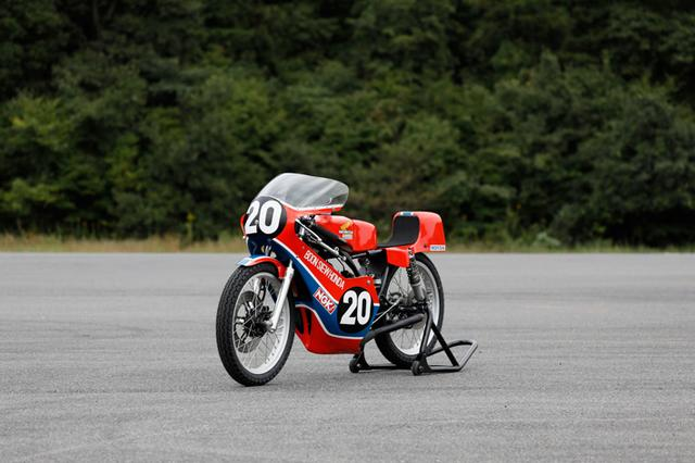 画像: RS125RW-T(1981) 124.89cc Water cooled 2 stroke 2 cylinders over 40PS@14,000rpm www.honda.co.jp