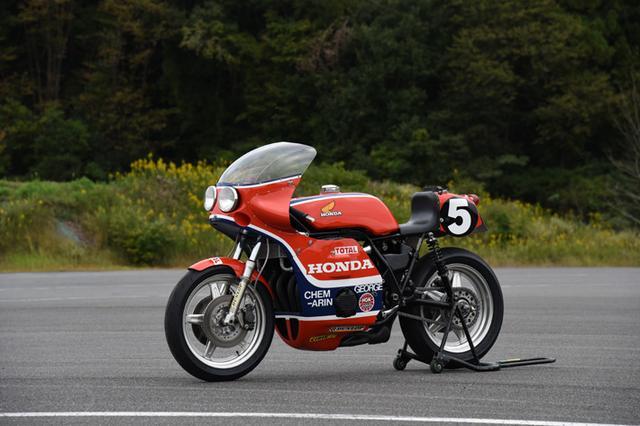 画像: RCB1000(1976) AIr cooled 4 stroke 4 cylinders 4 valves over 120PS@9,000rpm winner of 24 races out of 26 in 3 years www.honda.co.jp