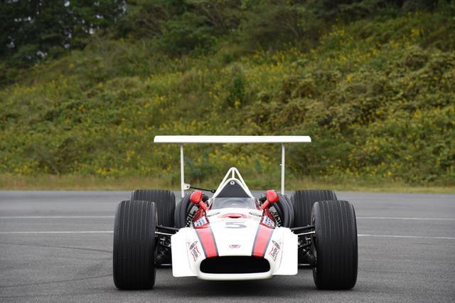 画像: RA301(1968) 2,992cc 4 stroke V12 engine 440PS@11,500rpm www.honda.co.jp