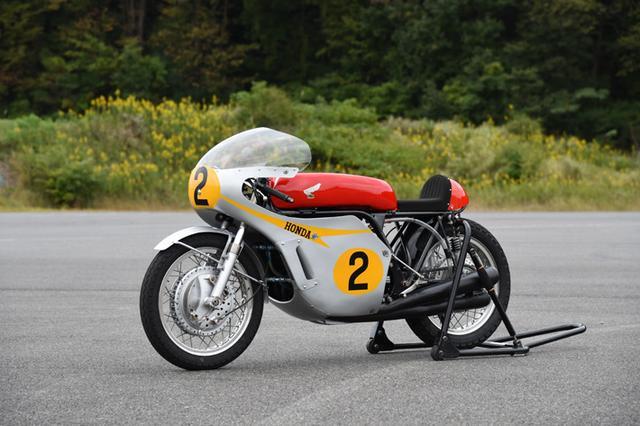 画像: RC181 (1967) 499.6cc 4 stroke 4 cylinders 85PS@12,000rpm Winner of Man TT www.honda.co.jp