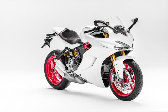 画像: SuperSports S model in Star White Silk www.cycleworld.com