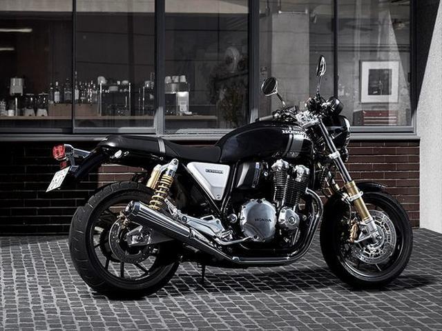 画像: The 2017 Honda CB1100RS Gets Serious About Looking Cool And Riding Performance