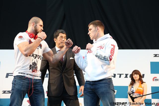 画像4: 31日「IZAの舞」出場選手が「格闘技EXPO」にて公開計量