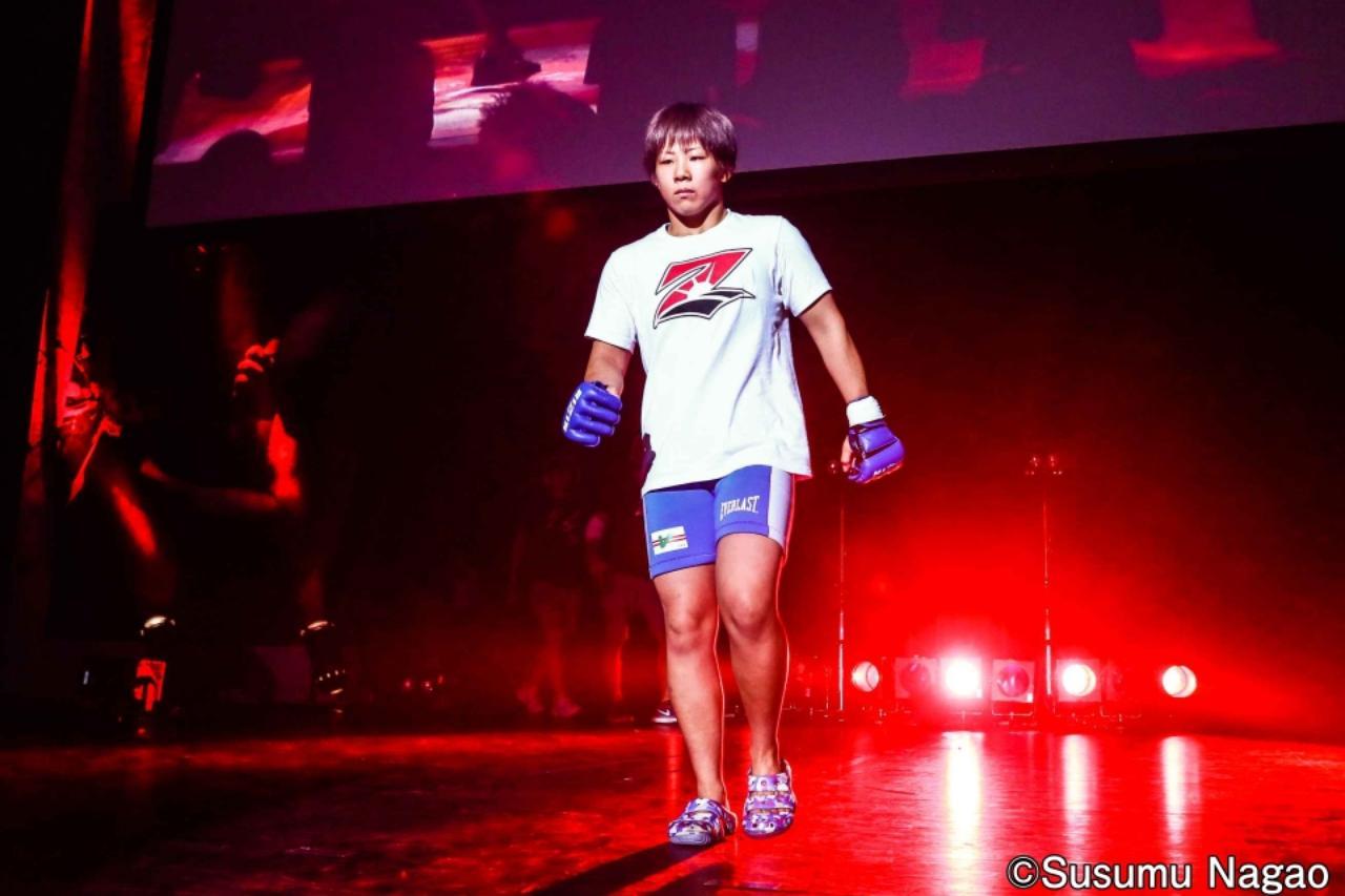 画像2: 村田夏南子3連勝! 1R1分17秒、TKO勝利‼︎
