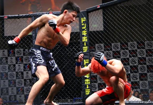 画像: 【修斗】飛鳥拳 逆転勝利で世界王座奪取 他試合結果 7.17後楽園大会