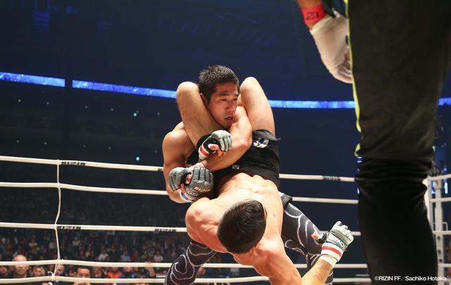 画像1: 格闘技情報番組『FUJIYAMA FIGHT CLUB』 最強レスリング一族! 山本郁榮&山本アーセンがスタジオに登場‼︎