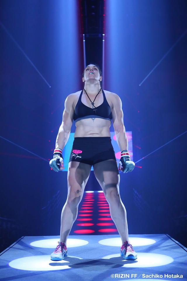 画像1: 第1試合 RIZIN女子MMAルール:5分3R 無差別級 ギャビ・ガルシアvsデスティニー・ヤーブロー Cygames presents RIZIN FIGHTING WORLD GP 2016 無差別級トーナメント 開幕戦