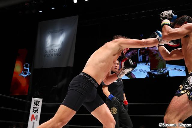 """画像6: 『SHOOT BOXING WORLD TOURNAMENT S-cup 2016』 """"絶対女王""""RENA勝利! ベネットはダウン奪うも1回戦敗退。"""