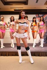 画像9: RIZINガール 7人の新メンバー! 無差別級トーナメントのトロフィー&ベルトお披露目!!