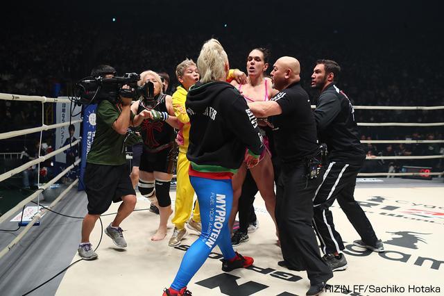 画像11: 第5試合 ギャビ・ガルシア vs. 堀田祐美子(試合結果詳細)Cygames presents RIZIN FIGHTING WORLD GP 2016 無差別級トーナメント Final ROUND