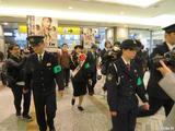 画像4: RENA、婦人警官姿で神奈川県警 防犯イベントに参加!