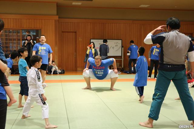 画像4: 自閉症啓発イベント「Fight4u.1」に榊原実行委員長、バルト、村田が参加!
