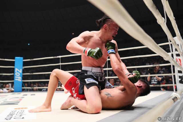 画像7: 格闘技人生を賭けてUFCからRIZINに参戦してきた川尻達也。昨年大晦日、初陣でクロン・グレイシーに敗戦した雪辱を今夜、果たしたい。対するはこちらも元UFCの強豪、アンソニー・バーチャックだ。
