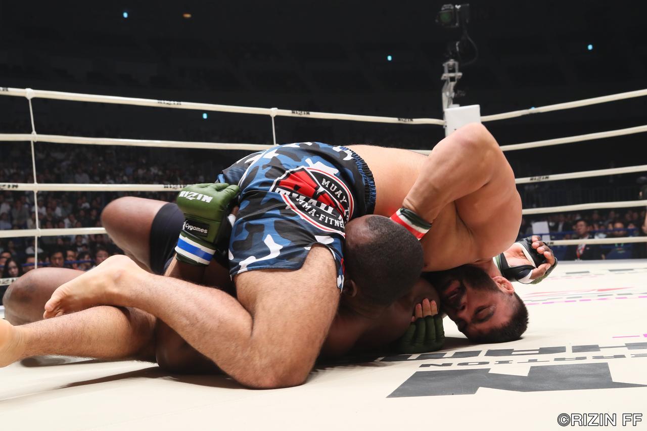 画像2: 昨年RIZIN無差別級トーナメントのファイナリスト、アミール・アリアックバリが今年もRIZINで大暴れ。MMA56戦のベテラン&タフネスファイター、ジェロニモ・ドス・サントスと対戦する。