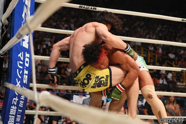 画像3: 第6試合 北岡 悟 VS. 矢地 祐介(試合結果詳細)RIZIN FIGHTING WORLD GRAND-PRIX 2017 バンタム級トーナメント 1st ROUND -夏の陣-