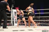 画像4: 第8試合 KINGレイナ VS. レイディー・タパ(試合結果詳細)RIZIN FIGHTING WORLD GRAND-PRIX 2017 バンタム級トーナメント 1st ROUND -夏の陣-