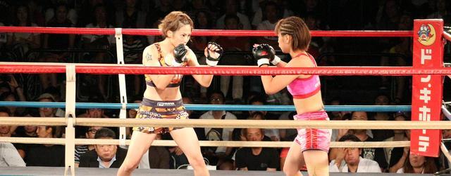 画像: [FUJIYAMA FIGHT CLUB] 今夜は、RIZIN女子GP出場決定戦  石岡沙織 vs 浅倉カンナをオンエア!