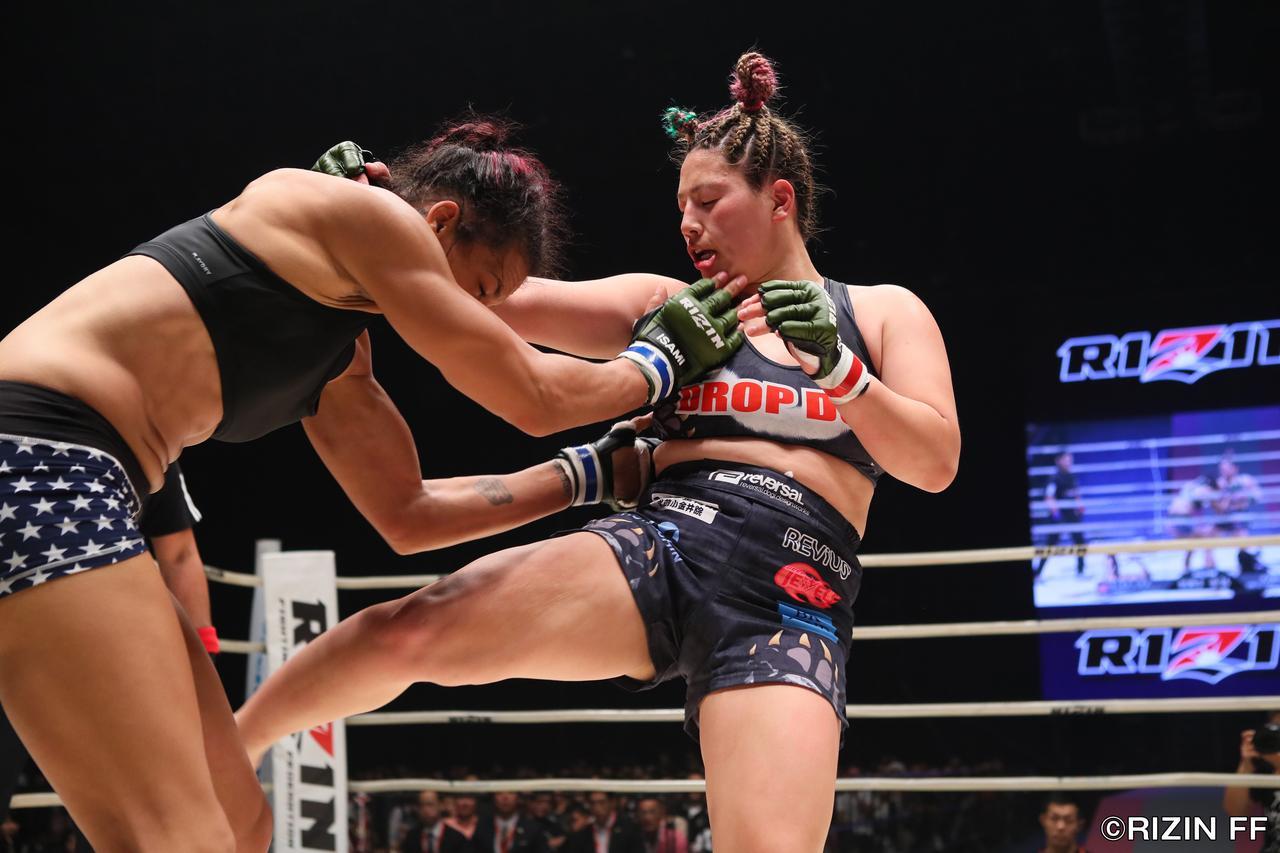 画像1: KINGレイナ、MMAデビュー戦の相手に「微妙な試合」!