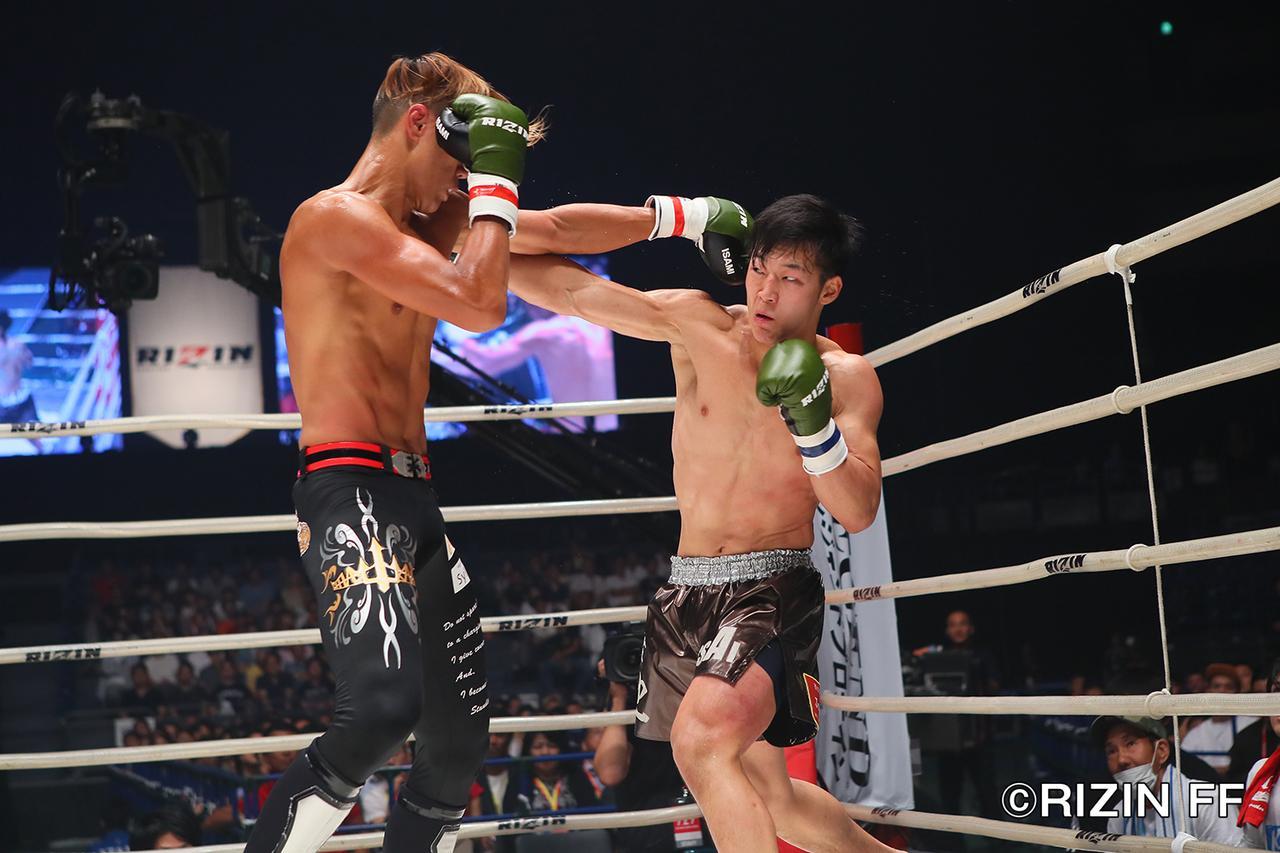 """画像3: シュートボクシングの""""超新星""""海人がRIZINデビュー戦を白星で飾る ウザ強ヨシヤはRIZIN初陣を飾れず"""