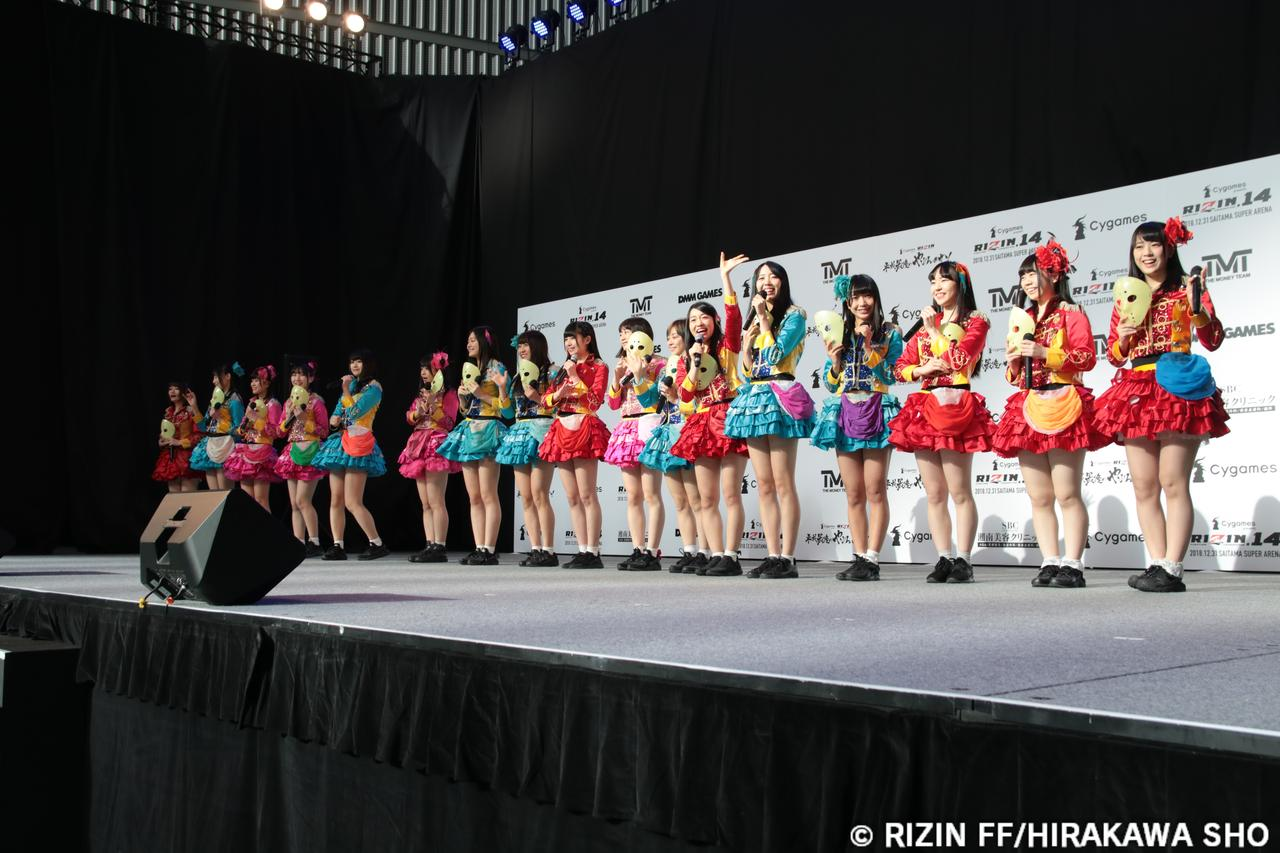 画像2: 最強の地下アイドル『仮面女子ライブ!』