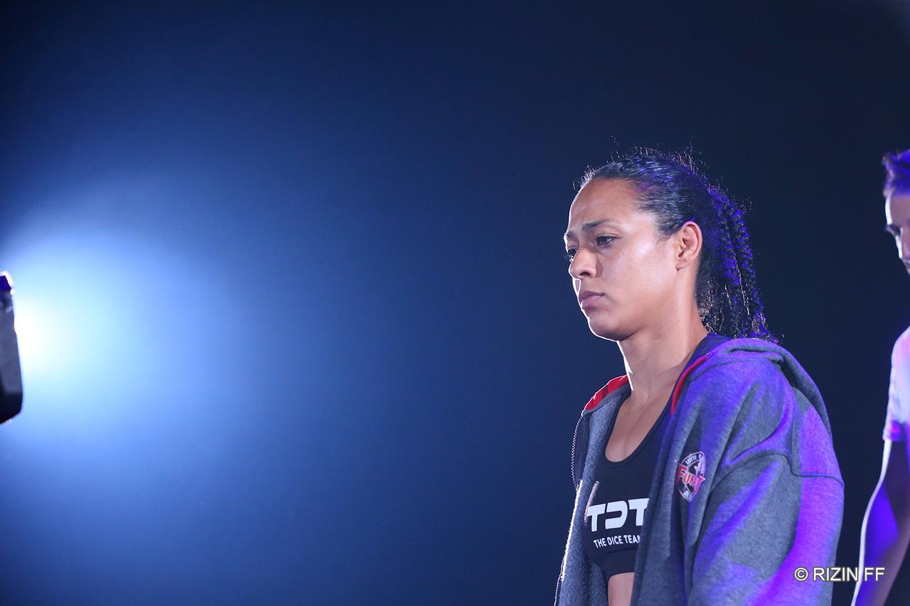 画像2: 【試合結果】RIZIN.15 第7試合 RENA vs. サマンサ・ジャン=フランソワ
