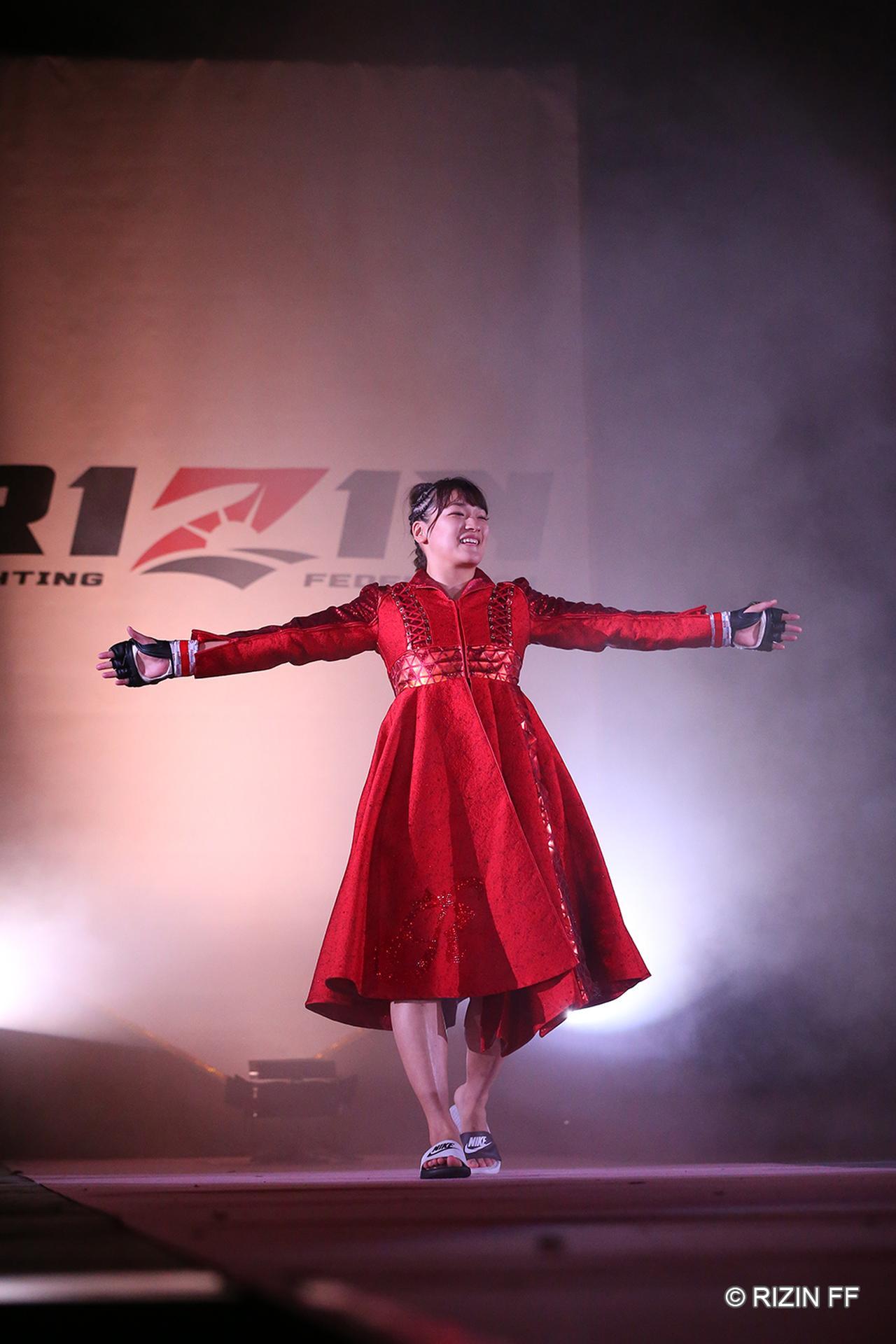 画像1: 【試合結果】RIZIN.15 第7試合 RENA vs. サマンサ・ジャン=フランソワ