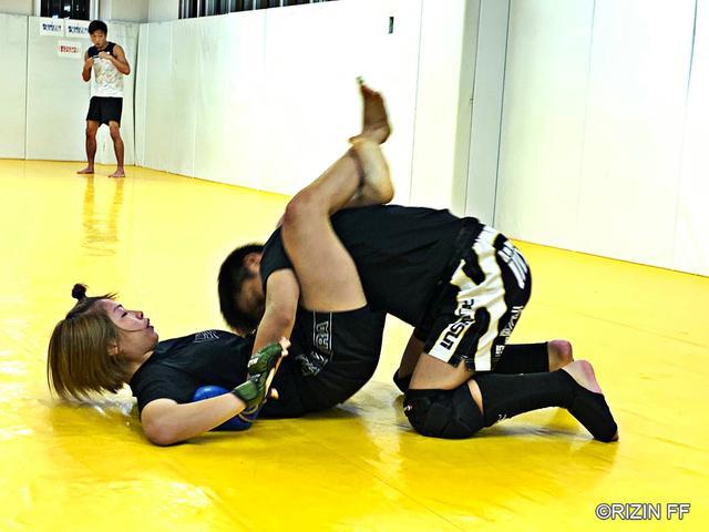 画像1: RIZIN.16 に出場する浅倉カンナと征矢貴が公開練習を実施!
