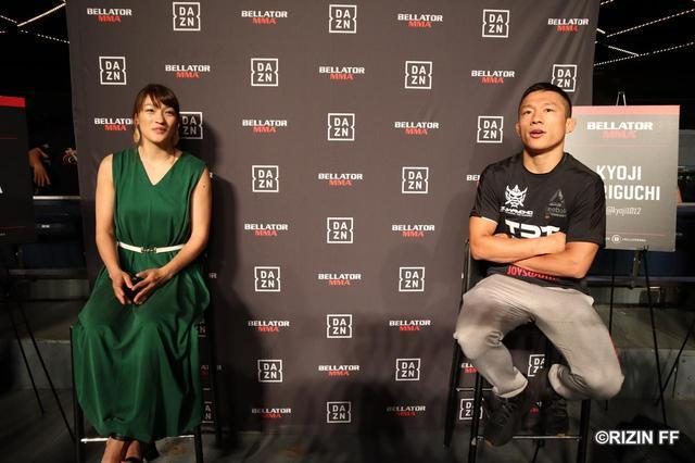 画像: 現地メディアのインタビューに応えるRENA選手と堀口恭司選手。